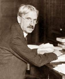 john dewey thinking in education essay John dewey is often seen as the proponent of learning by doing – rather than learning by passively receiving he believed that each child was active, inquisitive.